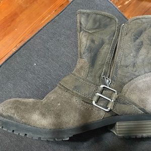 High Quality Hardly used leather boots